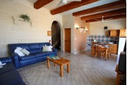 Ta' Guljetta Farmhouse - 4 Bedrooms - {{hotel_summary}}